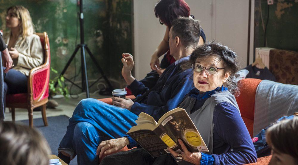 Dancehouse founder Hellen Sky in 'The Retrospective Room' (KCA Public Program 2020), Claudia La Rocco. Photo by Gregory Lorenzutti for Dancehouse.